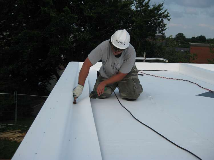 Roofing and repair service